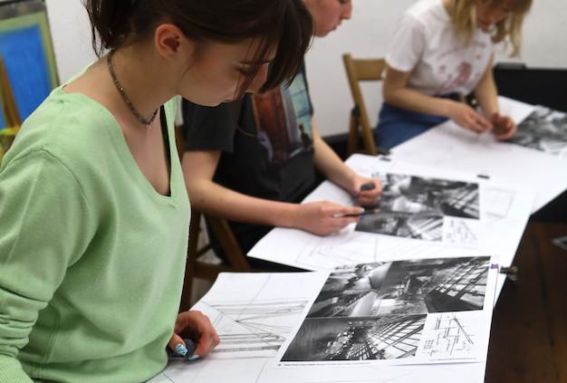 REKRUTACJA RA 2021/2022 – nauka rysowania Poznań – dołącz na regularny kurs rysunku i malarstwa od września!